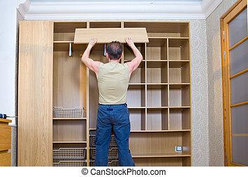 a, homem, é, acoplado, em, reparar, e, mobília, assembléia