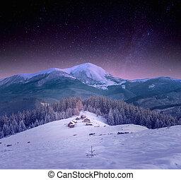 a, klein, dorf, in, der, carpathians, schnee, nacht, sternenhimmel