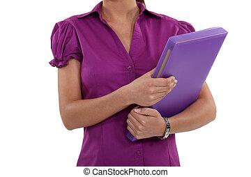 a, kupiert, bild, von, a, geschäftsfrau, besitz, a, folder.