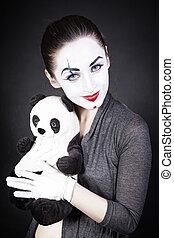 a, kvinna, mim, med, a, leksak, panda
