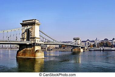 a, lánc bridzs, alatt, budapest