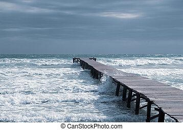 a, landungsbrücke, in, a, bucht, strand, von, mallorca