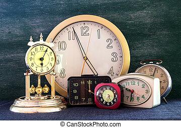 a lot of clock retro style