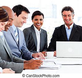 a, mångfaldig, affär, grupp, in, a, möte