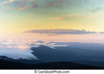 a, nagy, smokey, hegyek