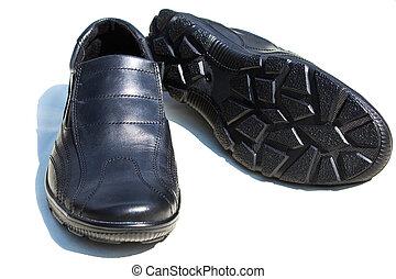 a pair of men's shoes