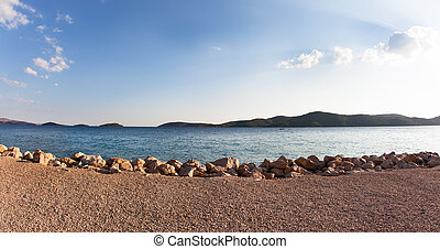 A photograph of the ocean shore in Croatia.