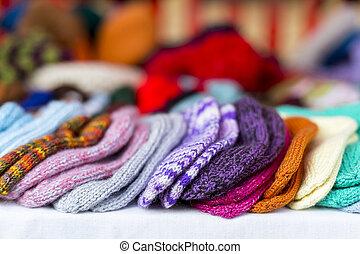 a, rad, av, flerfärgad, hand-knitted, baby, sockor