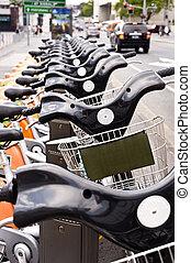 a, rang, de, bicycles, location, sur, rue ville