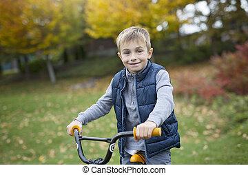 a, reizend, kind, fahren fahrrads