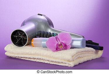 a, secador cabelo, hairbrush, shampoo, ligado, um, toalha