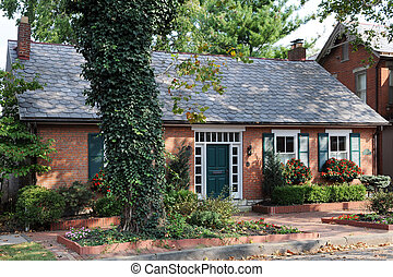 A Small Urban Home - An small, well-maintained urban brick...