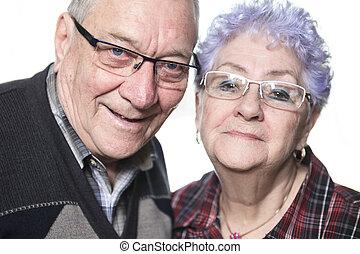 a, stående, av, a, lycklig, äldre koppla, hemma