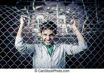 a, ung man, efterkälke barrikaderar, nära