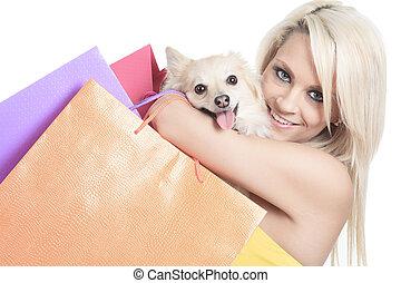 a, vacker kvinna, vänner, mode, holdingen, hund, in, studio, grå, ba
