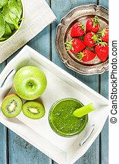 a, vert, smoothie, à, fruit, et, épinards