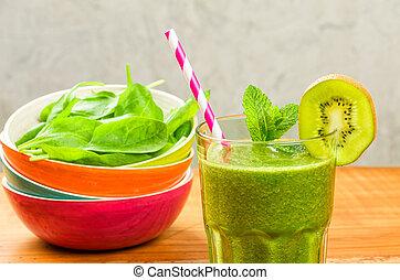 a, vert, smoothie, à, kiwi, et, épinards