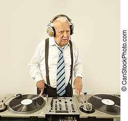 grandpa dj - a very funky elderly grandpa dj mixing records