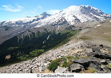 A view of Mount Rainier from Burroughs Peak