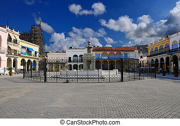 Havana plaza with fountain - A view of Old Havana plaza with...