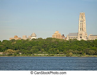 Grants Tomb - A view of Riverside church and Grants Tomb in ...
