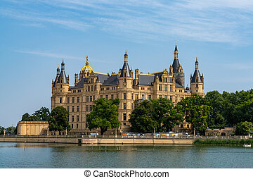 view of the Schwerin Castle in Mecklenburg-Vorpommern in ...