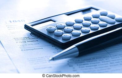 aangiftebiljet, pen en, rekenmachine