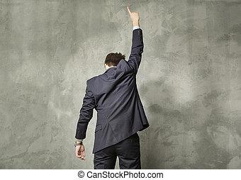 aantrekkelijk, jonge man, in, de, succes, pose