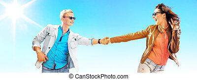 aantrekkelijk, paar, gedurende, de, zonnige dag