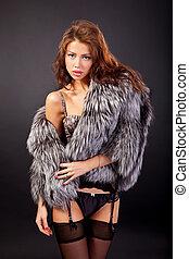 aantrekkelijk, vrouw in het bont jas, en, bustehouder