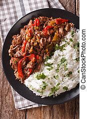 aanzicht, cubaanse , vieja, close-up., cuisine:, verticaal, ropa, garneren, bovenzijde, vlees, rijst