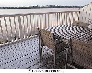 Bedek een terras maximaal genieten op een klein balkon of terras