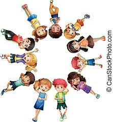 abajo, muchos, círculo, niños, acostado