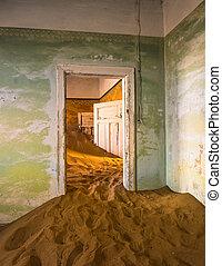 abandonado, pueblo fantasma, de, kolmanskop, en, namibia