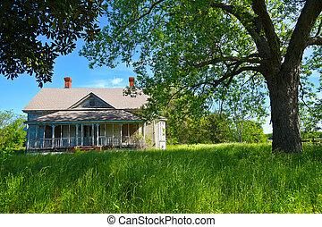Abandoned Farmhouse