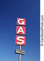 Abandoned Gas Station - Gladewater, TX - November 2011