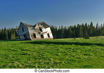 Abandoned home - Iconic, Abandoned House, Nutby Mountain,...