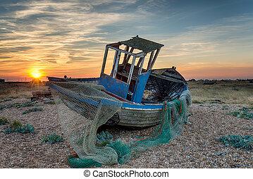 abandonnés, bateau pêche, wtih, filets