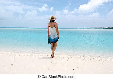 abbandonato, donna, isola, giovane, tropicale, barfoot, camminare