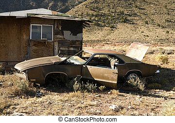abbandonato, rifiuto, automobile, in, deserto
