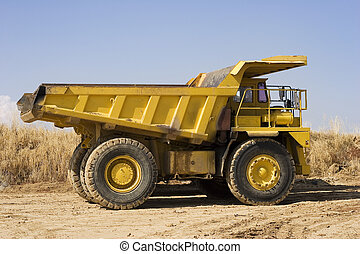 abbauenden lastwagen, gelber