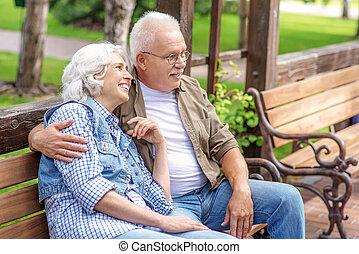 abbracciare, coppia, sposato, vecchio, natura