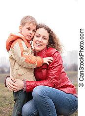 abbracciare, madre, figlio