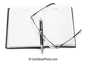 aberta, caderno, com, caneta, óculos, isolado