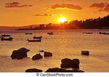 Abilleira beach at sunset