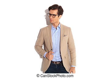 abnützende brille, porträt, mann, beiläufig, hübsch