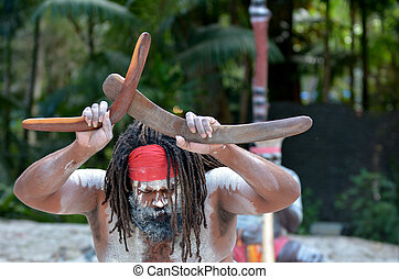 Aboriginal culture show in Queensland Australia - Yugambeh ...