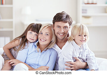 abraçar, família