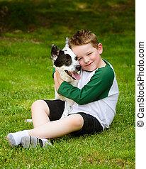 abraços, seu, amorosamente, animal estimação, cão, criança
