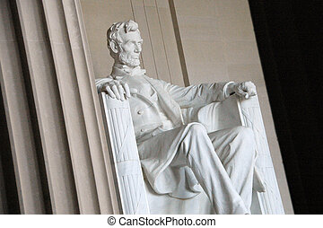 Abraham Lincoln - Lincoln Memorial, statue viewed through ...